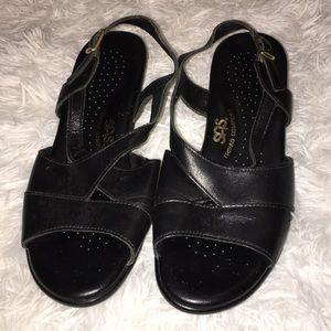 Ladies sas triple comfort sandals sz 7.5